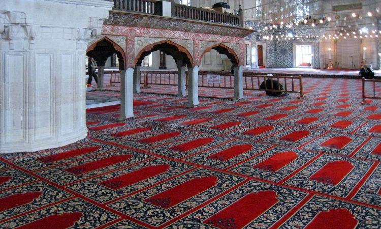 Mosque Carpet Dubai | Buy Best and Soft Mosque Mats Dubai